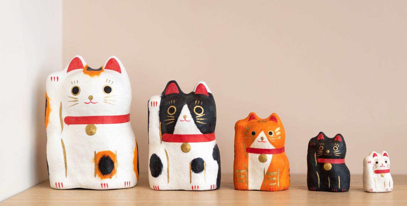 figurines chats bienvenue japon
