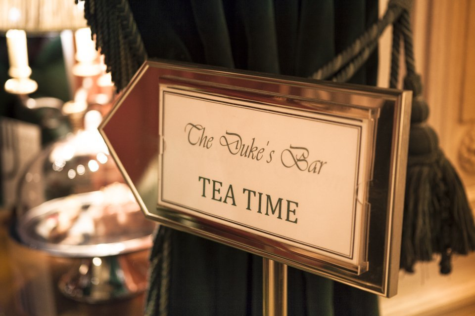 tea time in Paris Westminster