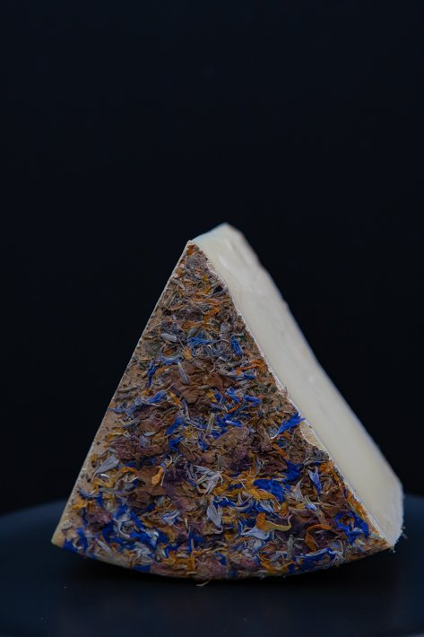 fromage aux fleurs cow