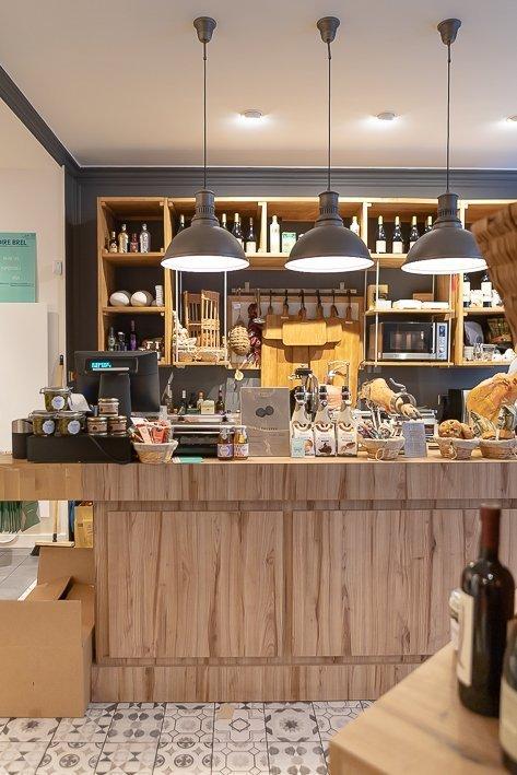 comptoir vins fromages produits