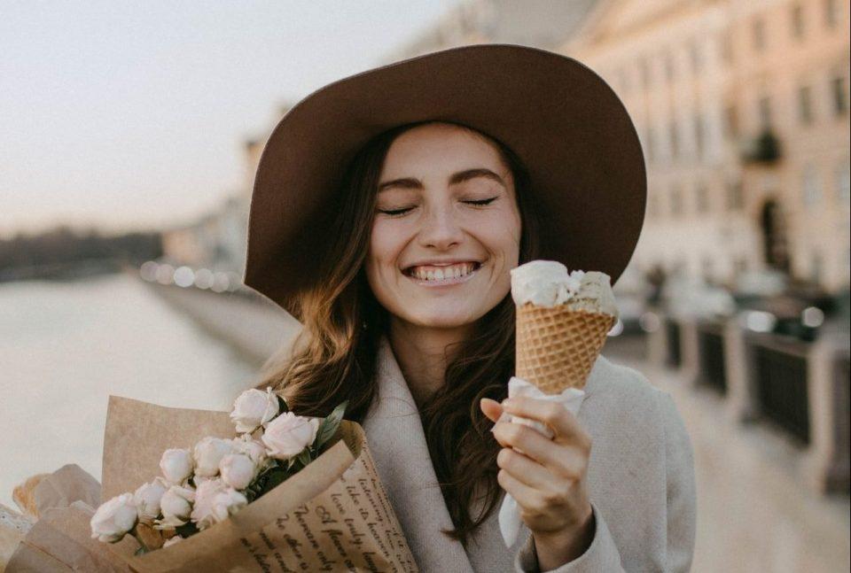 femme glace paris fleur