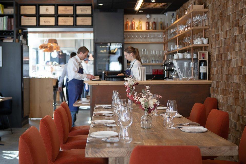 la salle du restaurant cent33