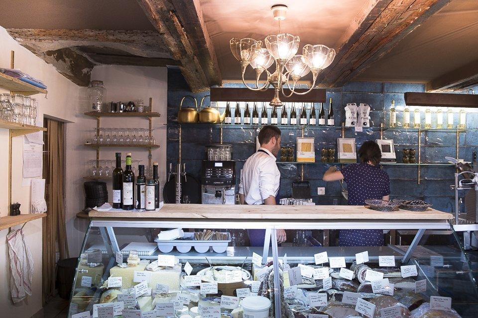Julia Sammut épicerie l'Idéal à Marseille