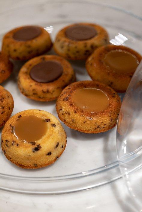 gateaux ronds fourrés chocolat et caramel